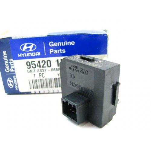 Genuine Hyundai 95120-0W000-Z9 Socket Assembly